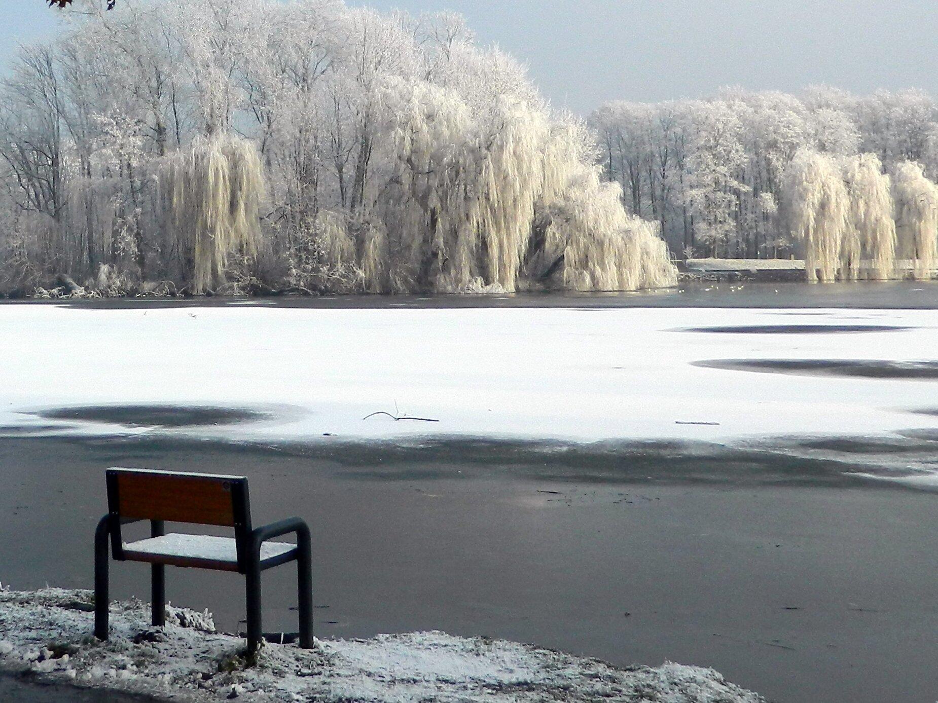 Zalew Nowohucki zimą