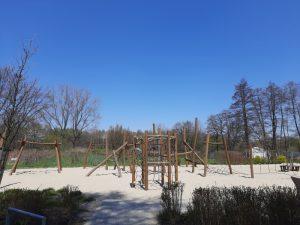 Park Lotników Polskich ze stawem