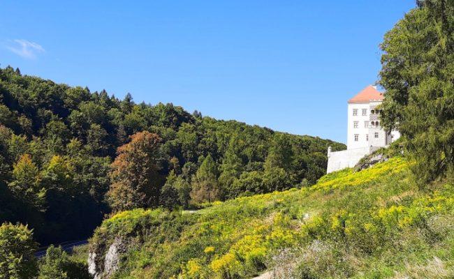 Zamek Pieskowa Skała i Maczuga Herkulesa